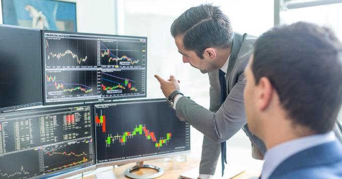 müssen sich krypto-investmentunternehmen registrieren lassen? wie viel verdienen sie handelsaktien?